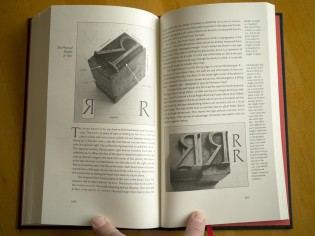 The only new section in version 4.0: a two-page spread on metal type.