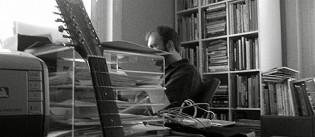 Peter-Bruhn-at-work